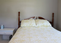 Waterfront Vacation Rental Cottage 3-007