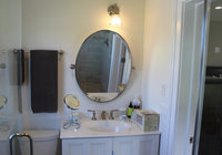 Waterfront Vacation Rental Suite 2-010
