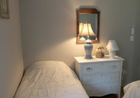 Waterfront Vacation Rental Cottage 3-010