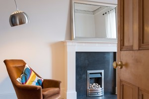 Two bed apartment easter road edinburgh book now lets get local easterroad 6 negle Images