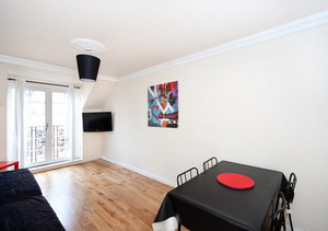 Picture of Ratcliffe Terrace Apartment Sleep 10, Lothian, Scotland - lounge with 2 sofa beds