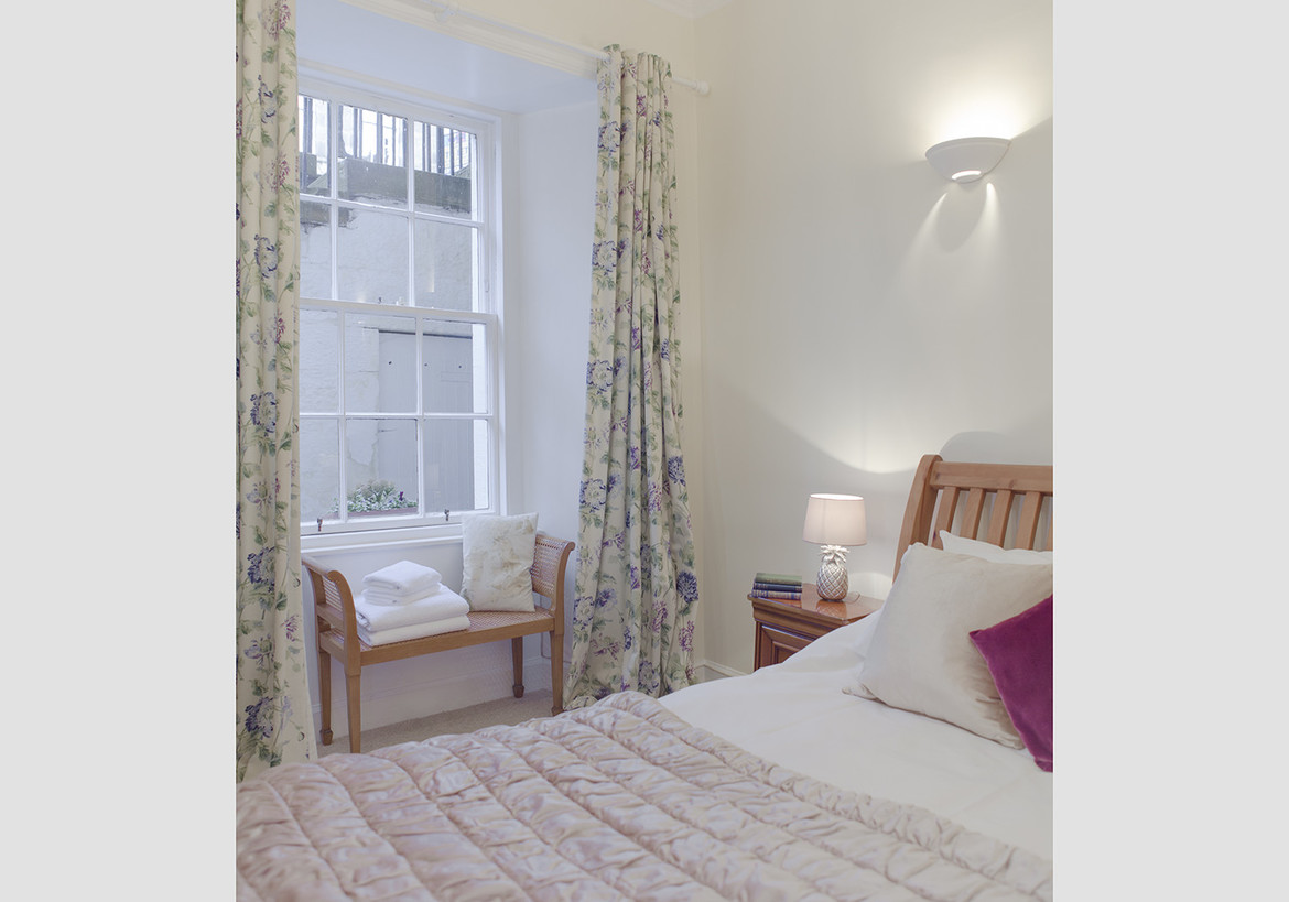 The West End Apartment Stafford Street 2 Bedroom Holiday Rental Sleeping 3 1 The