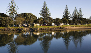 Picture of Orewa Beach Top 10 Holiday Park, Auckland