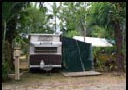 newell beach caravan park port douglas cairns tropic. Black Bedroom Furniture Sets. Home Design Ideas