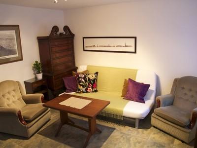 Living room - Living room, Chapel Wynd, Grassmarket, www.squareproperty.co.uk