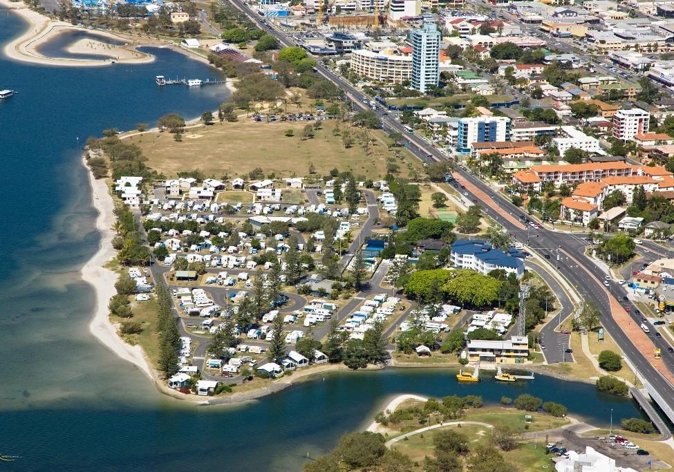 broadwater tourist park southport gold coast caravan. Black Bedroom Furniture Sets. Home Design Ideas