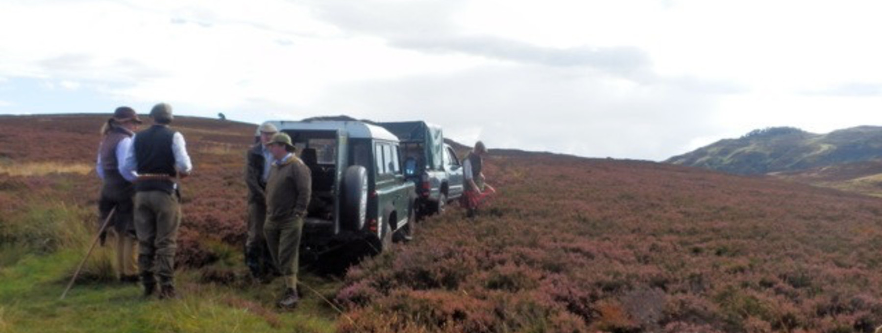 Murthly estate stalking party arrives in Highland Perthshire - Stalking party about to set off through the heather in Highland Perthshire (© Murthly Estate)