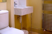 Bedford Place Selection - Bathroom example - Bathroom with modern fittings