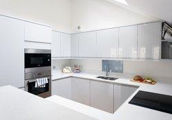 16.Kitchen