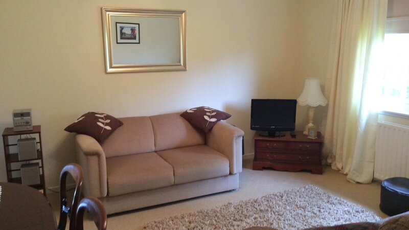 Break Away, 2 bedroom self catering holiday property in North Berwick, close to all amenities - Sitting room (© Coast Properties)