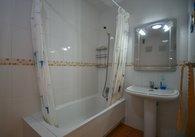 R021-sale pics Bathroom