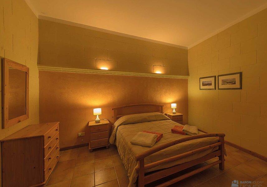 main bedroom cassetta