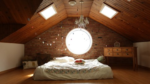 loft-bed-rest-holiday-apartment-hip-modern (© Creative Commons Zero (CC0))