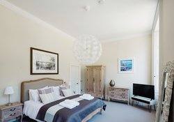 Master Bedroom with En-Suite