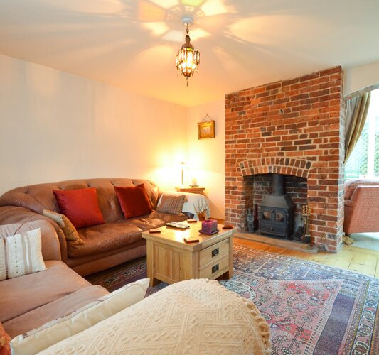 Cosy Lounge - Lake - Wight Holiday Lettings - Cosy Lounge