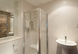 Edmonstone Close Apartment-6
