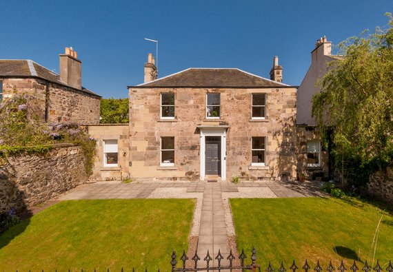 Old Church Lane 1 - Lochside House, a luxury Edinburgh holiday let