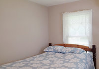 Waterfront Vacation Rental Cottage 5-023
