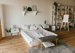 Bedroom - Comfortable and cosy (© https://www.pexels.com)