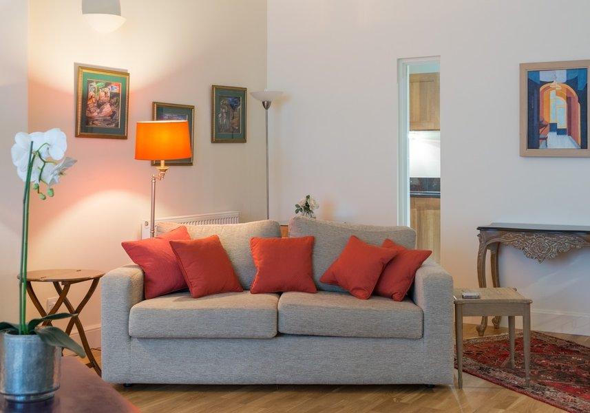 Drumsheugh Gardens Apartment Lounge
