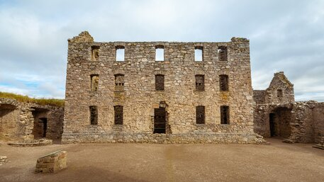 Ruthven Barracks - Ruthven Barracks outside Kingussie stands ruined