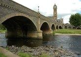 Tweed_Bridge,_Peebles