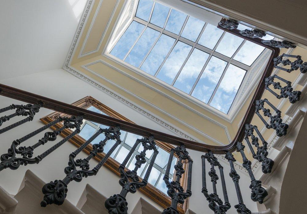 Photo of Spectacular Coates Gardens Apartment, West End, Edinburgh
