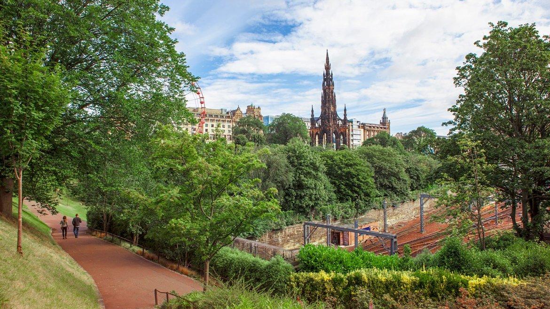 Edinburgh 30