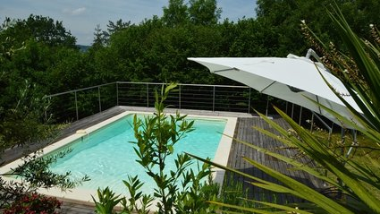 Private Pool - La Carriere (© Voilà Villas Dordogne)