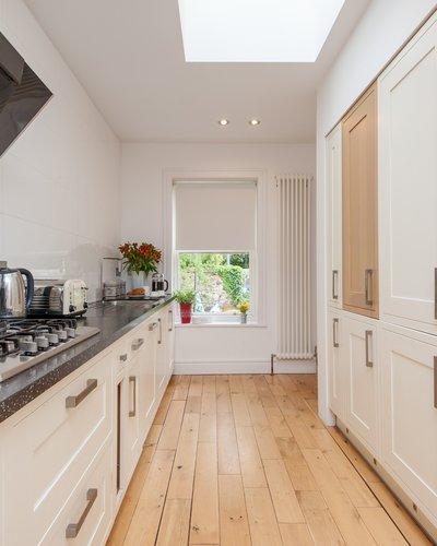 Old Church Lane 3 - Modern family kitchen in Edinburgh holiday let