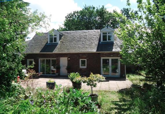 Photo of Garden Cottage Bishopton
