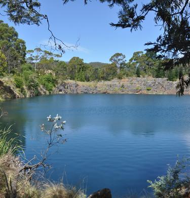 DSC_0010 copy - The Lake (© samhobson2014)