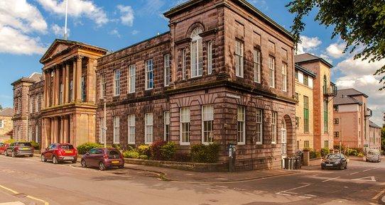 Local Area - Corner of South Gray Street & Duncan Street (© The Edinburgh Address)