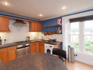 Hart Street Apartment-12 - Family kitchen with breakfast bar in Edinburgh holiday let