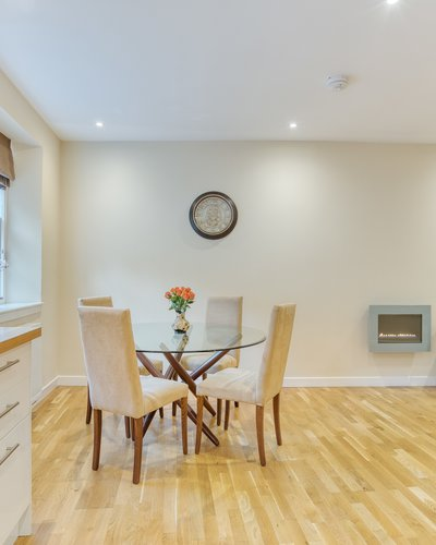 Gloucester Lane 3 - Modern and bright open plan living / dining / kitchen in New Town Edinburgh apartment.