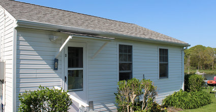 Waterfront Vacation Rental Cottage 3-002