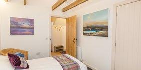 hayloft-scotland-edinburgh-balerno-village-double-bedroom-9