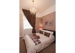 Castle View Apartment Bedroom 1