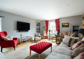 The Calton Residence - Edinburgh Holiday Apartment