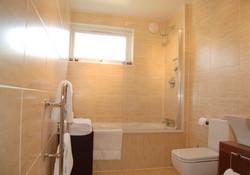 West Bay Court Bathroom