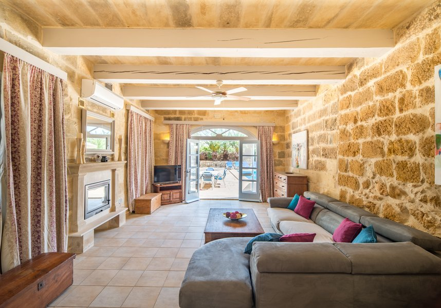 Lounge in villa in Gozo