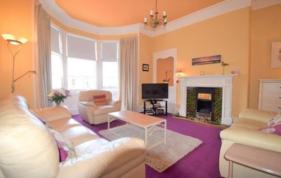 MNG181492_28 - Bright, airy living room feature bay window and high corniced ceiling in Edinburgh holiday home.