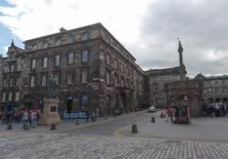 Parliament Square Apartment-4