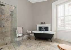 Stafford Street Townhouse Ensuite Bathroom