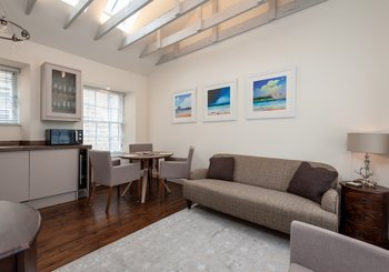 OldFishmarketsClose-2 - Contemporary open plan kitchen and living area in Edinburgh holiday let