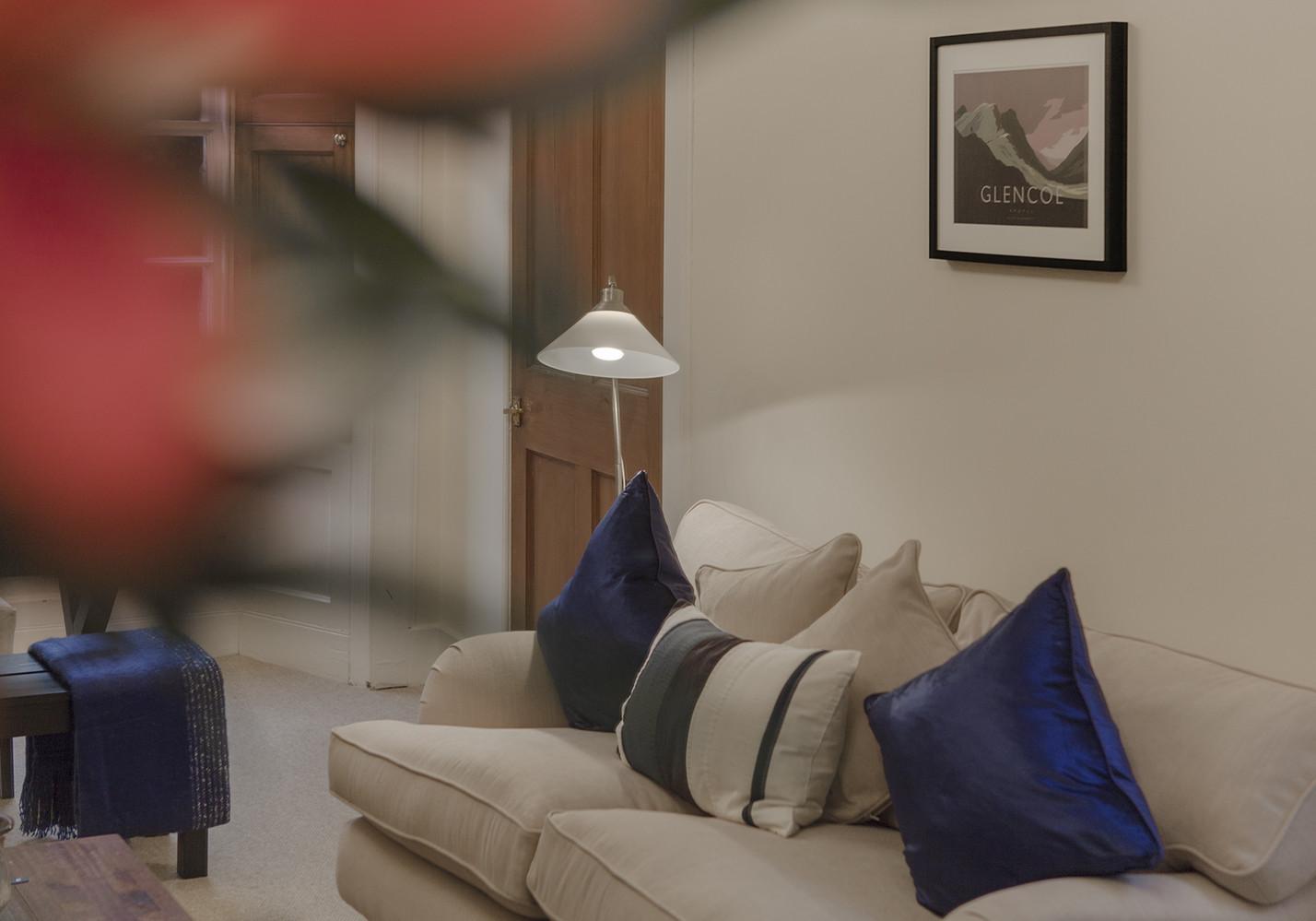 Living Room (© The Edinburgh Address)