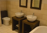 King Room Ensuite 2