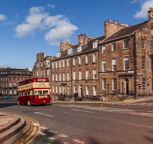 North Charlotte Street - High-end self-catering apartment in chic neighbourhood (© The Edinburgh Address)