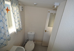 2 bedroom seafront self catering flat