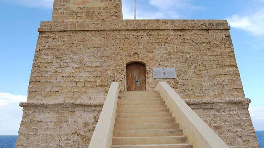 """Dwejra Watch Tower Gozo"""